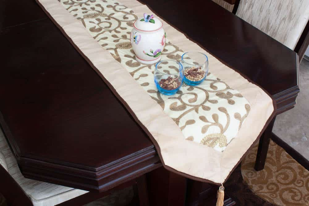 Table Runner Small Size Shiny Beads Embroidered - Balooworld