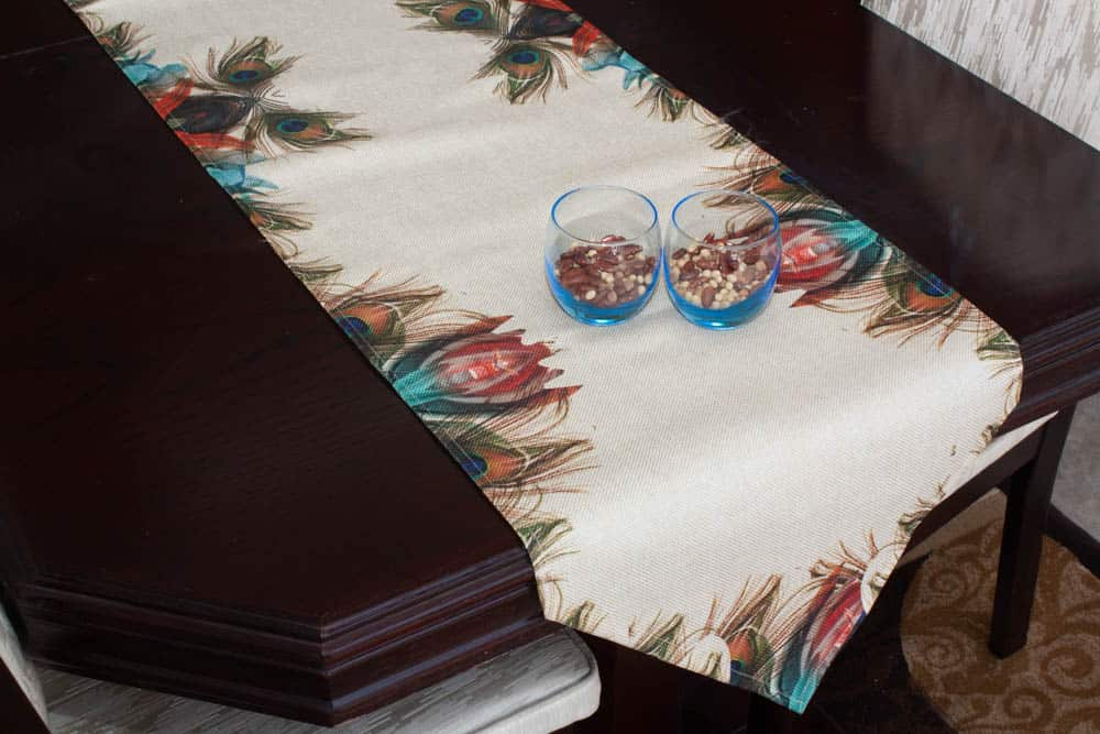 Table Runner Large Size Peacock Feather On Jute - Balooworld