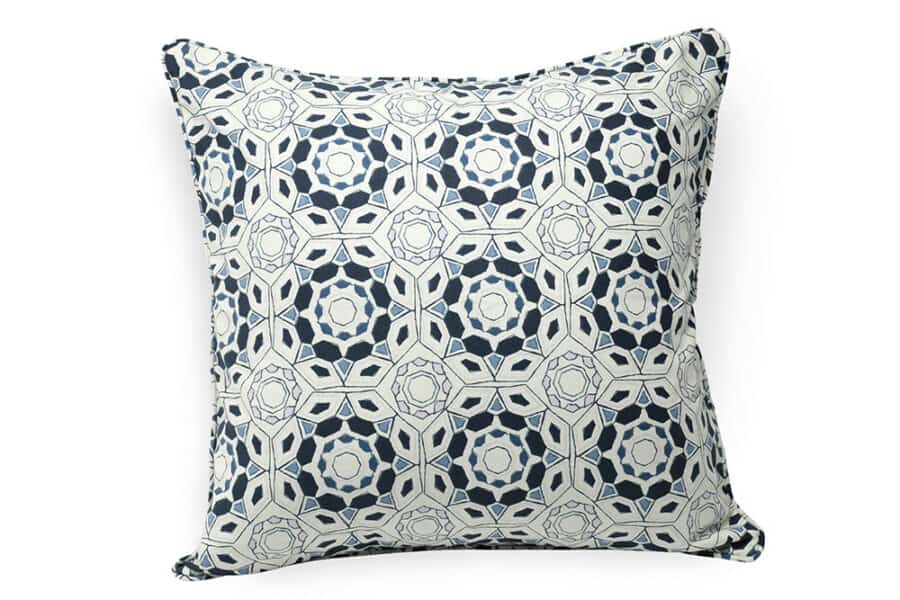 Abstract geometric pattern cushion cover - balooworld.ca