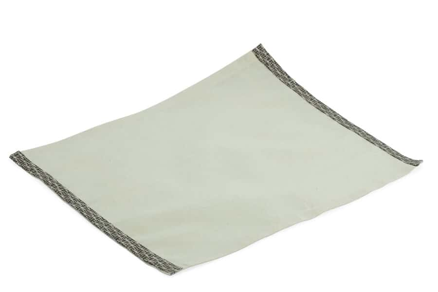 off white placemat with dark border - balooworld.ca