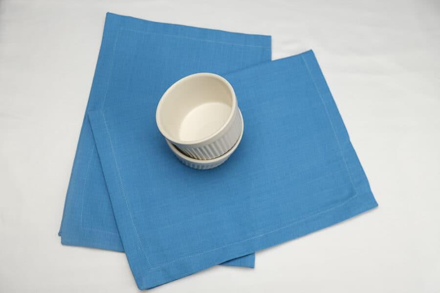 place-mats-standard-size-plain-blue-balooworld