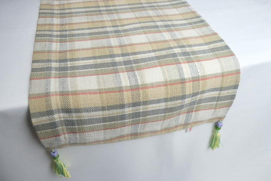 table-runner-medium-size-beige-plaid-pattern-square-ends-balooworld