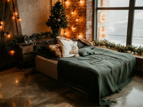 balooworld.ca - article - how to bring christmas to bedroom