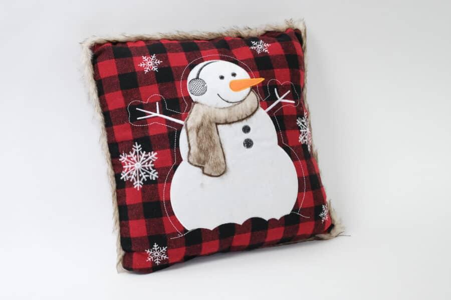 Buffalo Check Plaid snowman with faux fur cushion balooworld-cushion-cover