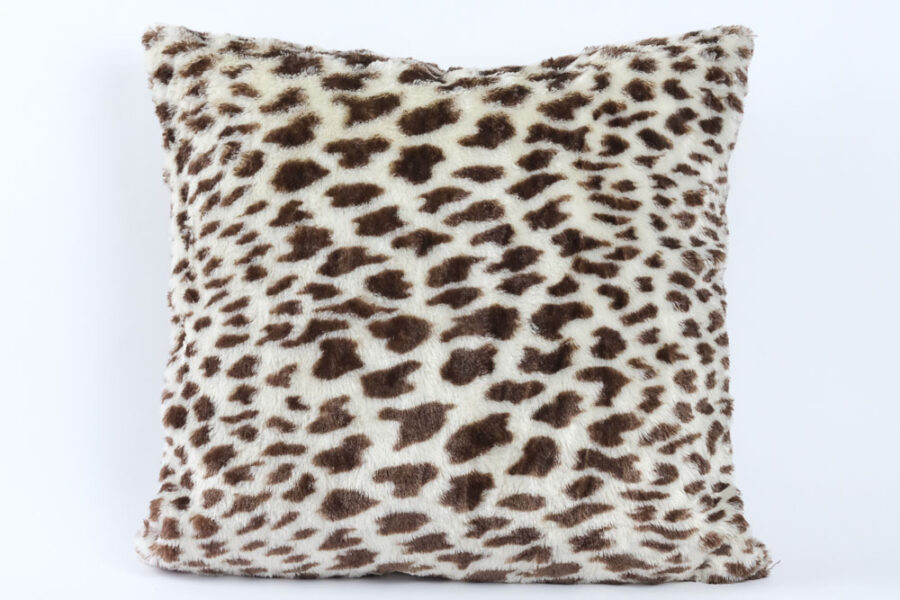 leopard-faux-fur-throw-pillow-cushion-balooworld